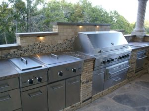 outdoor kitchen - fiberglass pool san antonio